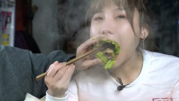 密子君:夜市烙锅吃出幸福感