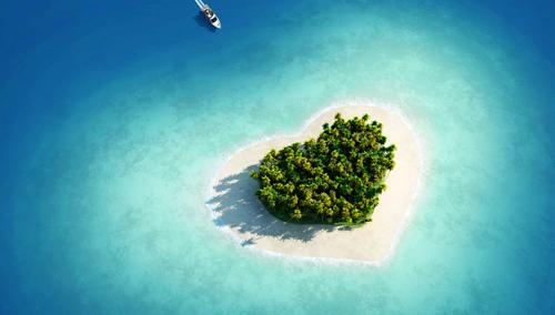天然形成的独特心形岛屿